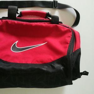 Nike Duffle Bag Gym Bag Workout Bag Travel Bag Red